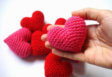 crochet 3D puffy heart